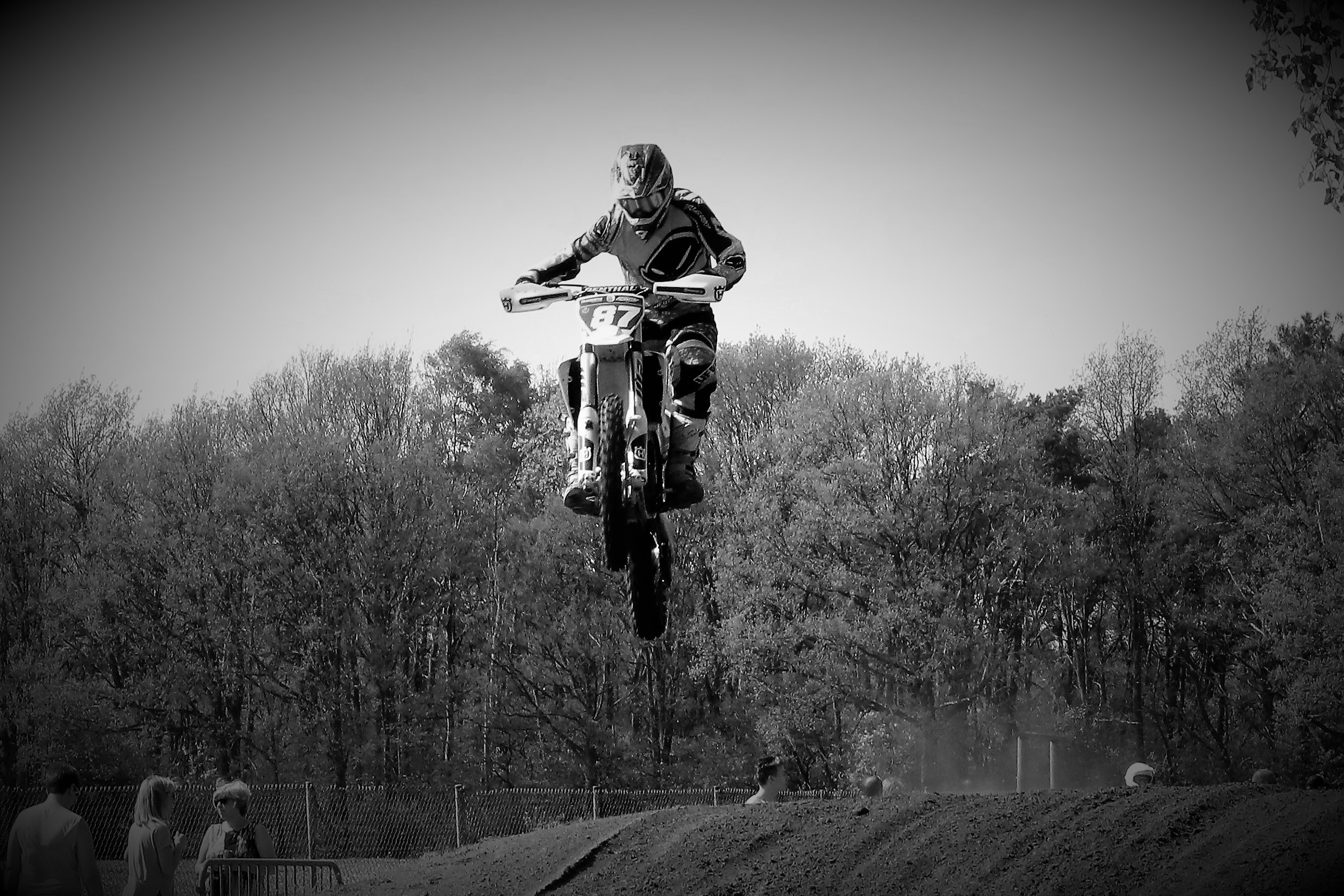 crosser jump2