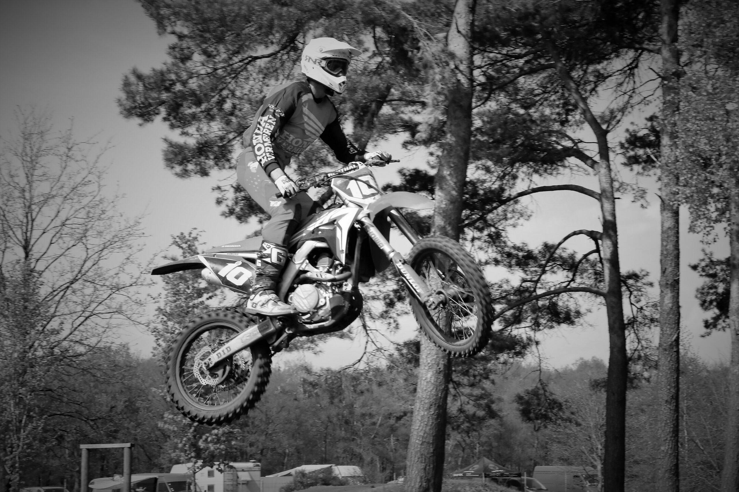 crosser jump